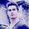 Tyler Hoechlin picha containing a portrait titled Derek