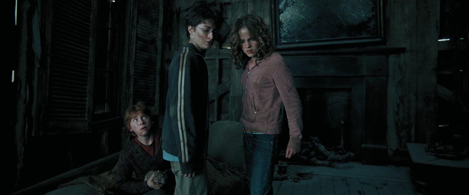 Emma Watson Hermione Granger Azkaban hermione granger  : Emma as Hermione Granger In Harry Potter and The Prisoner Of Azkaban emma watson 23972800 1920 800 from hairstylegalleries.com size 1920 x 800 jpeg 126kB