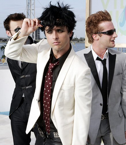 Music Notes: Green Day, Jewel, Jet