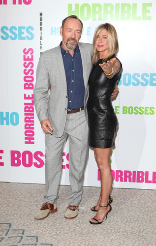 Jennifer Aniston: Horrible Bosses Photocall in London, July 20 [HQ]