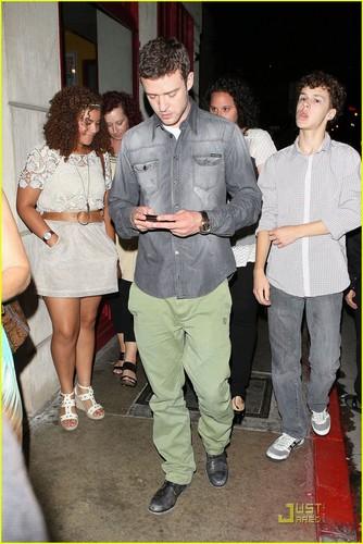 Justin Timberlake: Not Awkward Seeing Mila Kunis Naked!