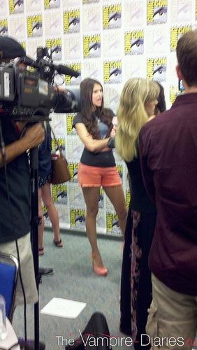 Nina @ Comic-Con ღ