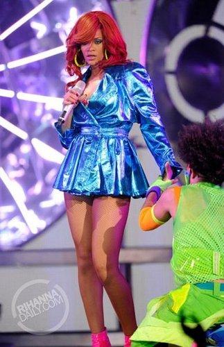 Rihanna - Loud Tour (2011)  Long Island, NY - July 19, 2011