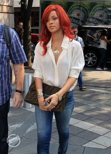 रिहाना - Out and about in New York City - July 20, 2011