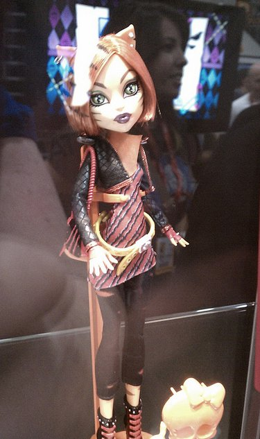 Toralei Doll at Comic con!!!! Shes hitting the shelfs in 2012!!