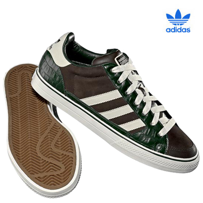 Adidas Обои with a running shoe titled adidas