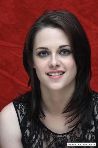 'Eclipse' Press Conference in LA (12/6/2010)