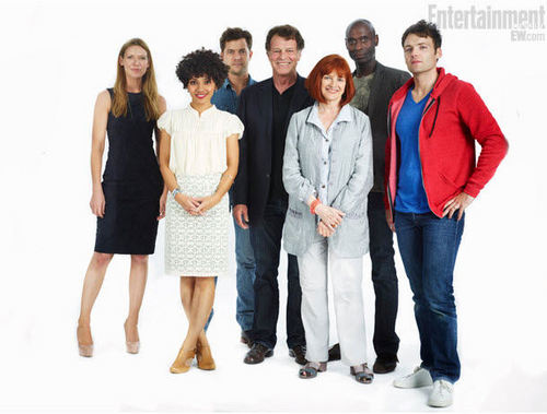 'Fringe' Cast Portrait @ Comic Con 2011