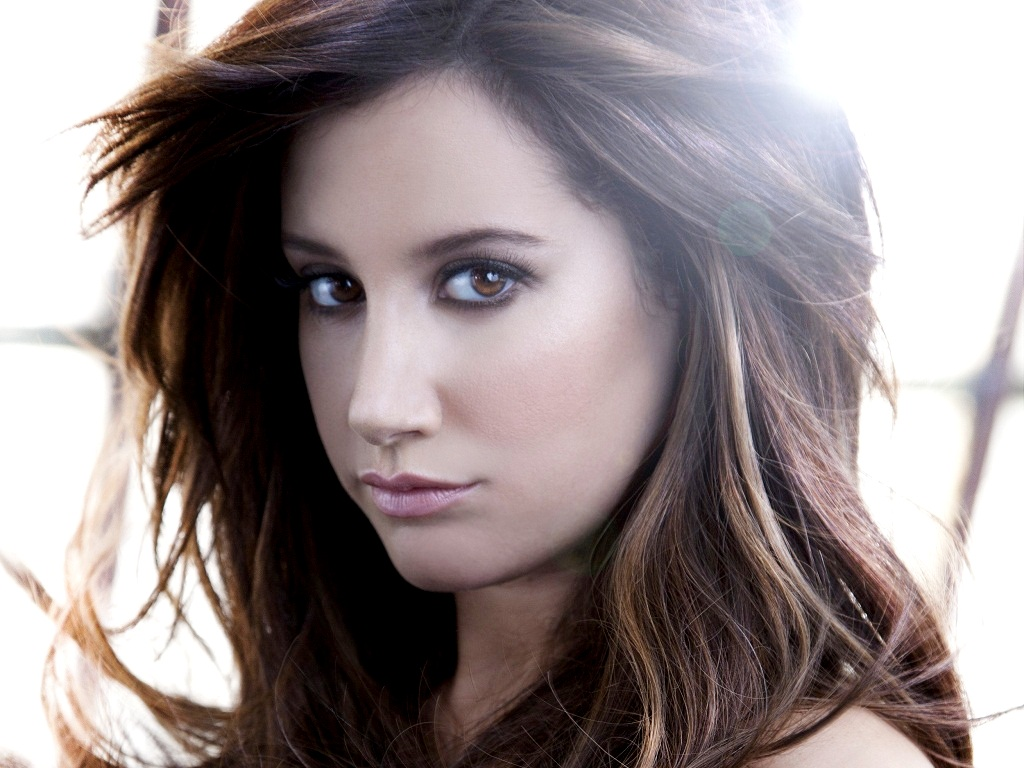 ashley tisdale 4 wallpapers - photo #7