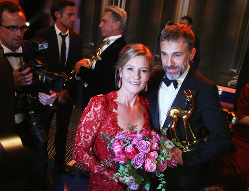 Christoph Waltz wallpaper probably containing a business suit and a dress suit entitled Bambi 2009 - Show
