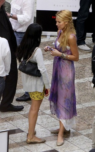 """Blake Lively filming scenes for her new movie """"The Savages"""" in Los Angeles (July 25)."""