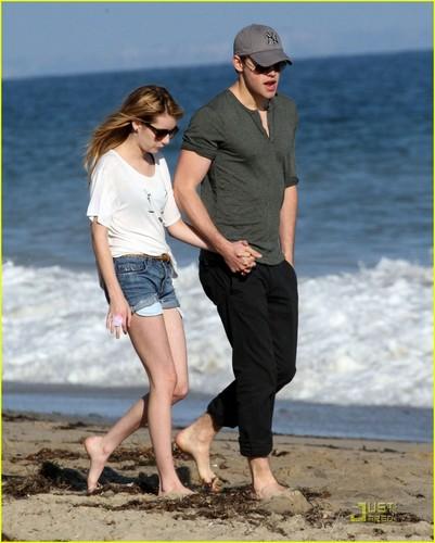 Chord Overstreet & Emma Roberts