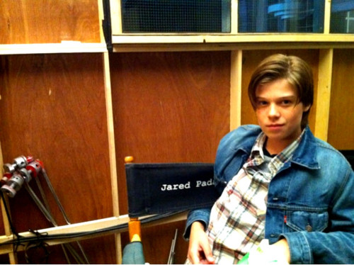 Colin Ford on set