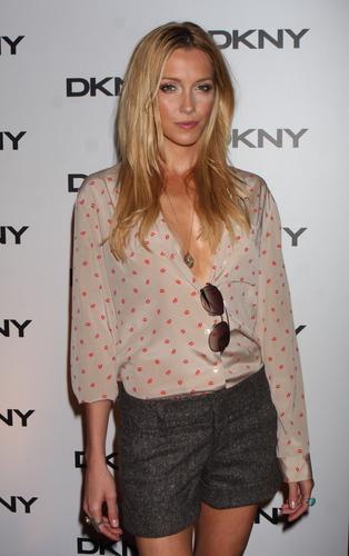 DKNY Sun Soiree in NY, Jul 26