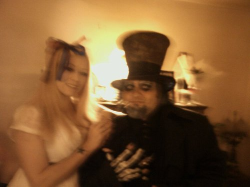 Dark Alice and HAtta - alice-in-wonderland-2010 Photo
