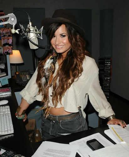Demi Lovato wallpaper entitled Demi - Visits Y 100 Radio Station - July 25, 2011