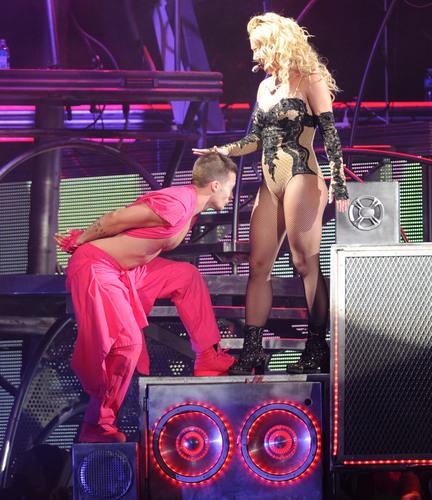 Femme Fatale Tour - Veterans Memorial Arena in Jacksonville 23 07 2011
