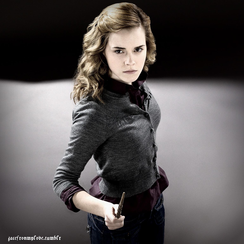 Hermione - Emma Watson Fan Art (16455370) - Fanpop
