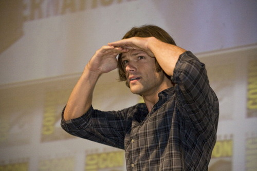 Jared @ comic con 2011 - jared-padalecki Photo