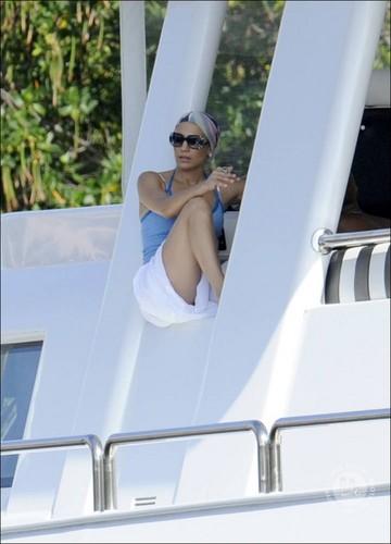 Jennifer Lopez: Bikini Birthday