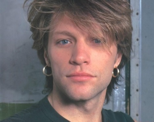 Bon Jovi wallpaper possibly containing a portrait titled Jon Bon Jovi