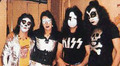 Kiss 1973 - kiss photo