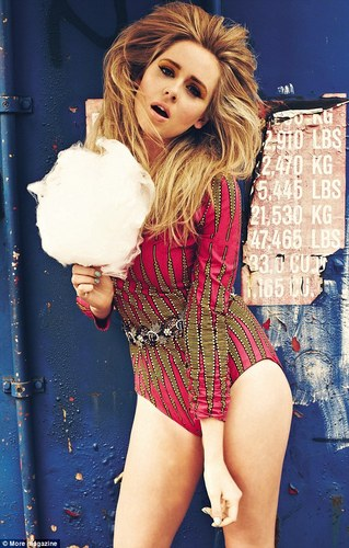 Diana Vickers hình nền possibly containing a sign called More! Magazine