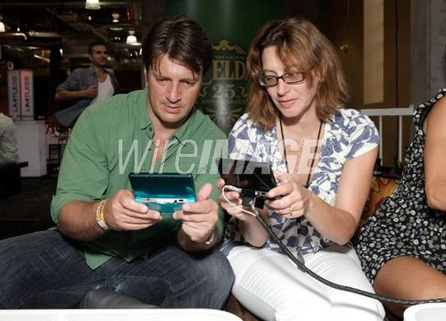 Nathan Fillion plays The Legend of Zelda 3D at Nintendo's Arts & Cinema Centre while at Comic Con