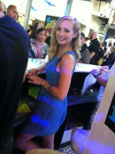 New twitter pic of Candice posté par Nina!