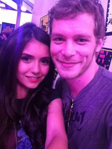 Nina & Joseph at Comic Con Signing