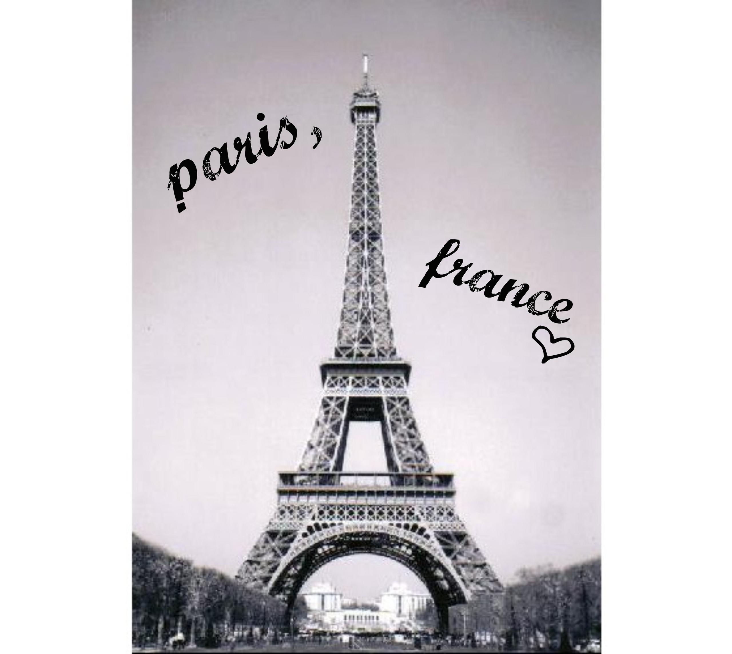 Paris, France <33