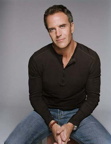 Richard Burgi to play Brooke's Dad In Season 9