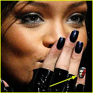 Rihanna_)))))))))