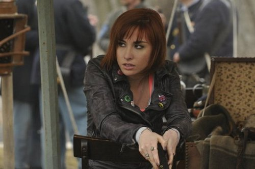 Claudia Donovan/Allison Scagliotti wallpaper probably with a street, a sign, and a chuck wagon entitled Season 3 Episode 4