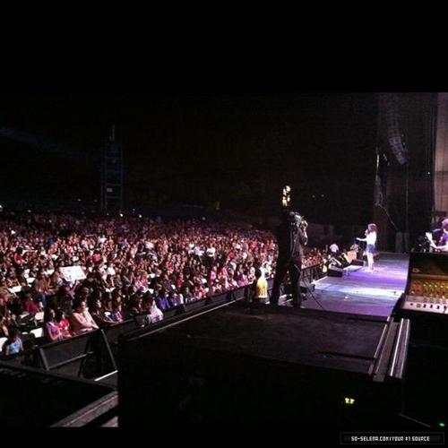 Selena - Private کنسرٹ In San Bernandino, CA - July 23, 2011