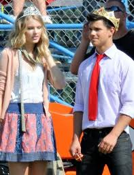 Taylor Lautner and Taylor Swift wallpaper possibly with a hip boot titled Tay & Tay