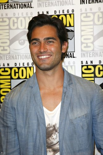Tyler at Comic Con 2011 for Teen serigala