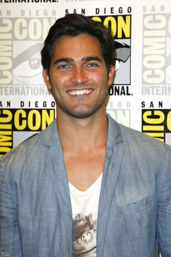 Tyler at Comic Con 2011 for Teen بھیڑیا