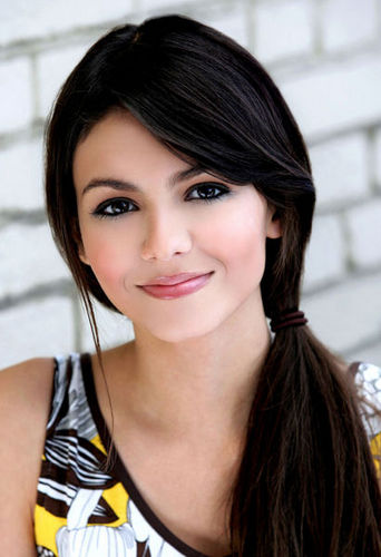 Victoria Justice as Eve??