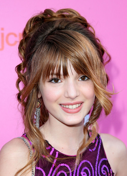 http://images4.fanpop.com/image/photos/24000000/bella-thorne-bella-thron-fan-24091470-431-594.jpg
