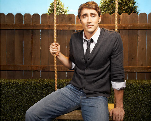 Lee Pace achtergrond titled :)