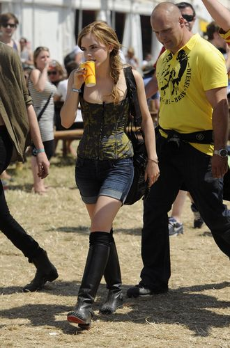 2010 Glastonbury Музыка Festival in Somerset, England (25.06.10) [HQ]