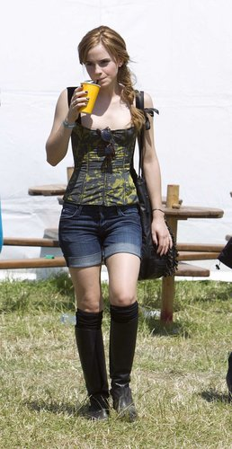 Emma Watson wallpaper probably containing a hip boot called 2010 Glastonbury Music Festival in Somerset, England (25.06.10) [HQ]