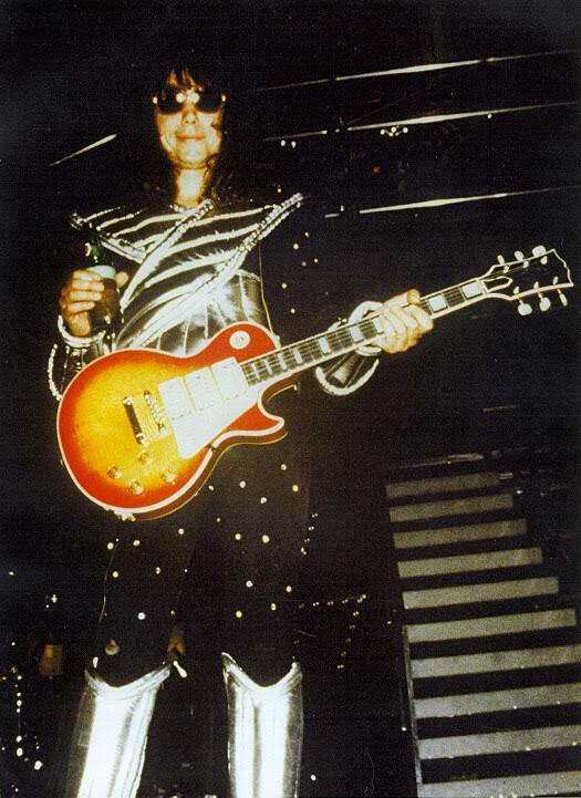 Ace Frehley 1977