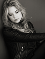 Ashley Benson♥