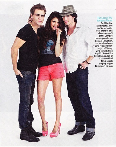ENTERTAINMENT WEEKLY COMIC CON PORTRAIT OUTTAKE OF PAUL, NINA & IAN