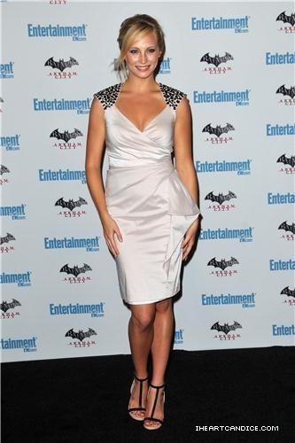 Even mais pics of Candice at EW's 5th annual Comic Con celebration!