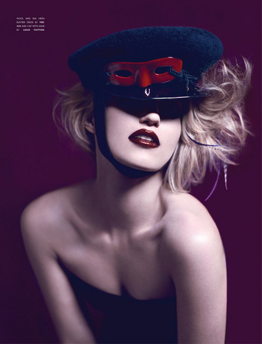 Dianna Agron hình nền called Flaunt Magazine August 2011