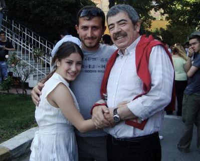 Hazal Kaya- Ask-i Memnu (behind scene)