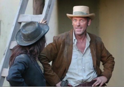 Hugh Laurie- and Lisa Edelstein- SetHouse M.D-7x15 Bombshells